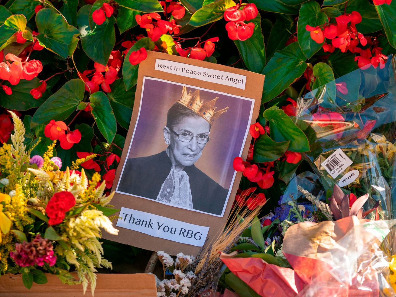How Do We Create an RBG Memorial That Isn?t Terrible""