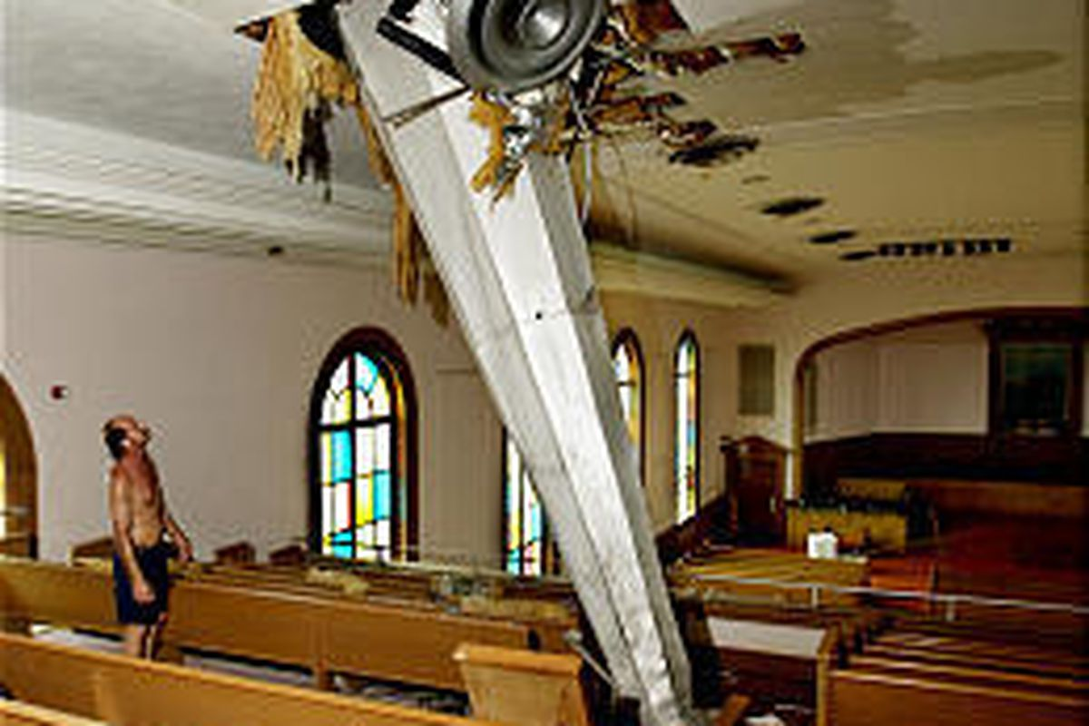 45798184 Florida still reeling from Frances' wrath - Deseret News