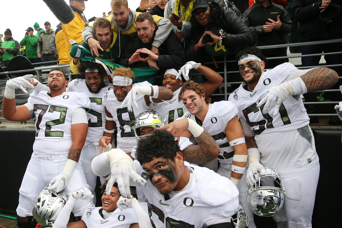 Pac-12 Power Rankings: Oregon's driving the bus