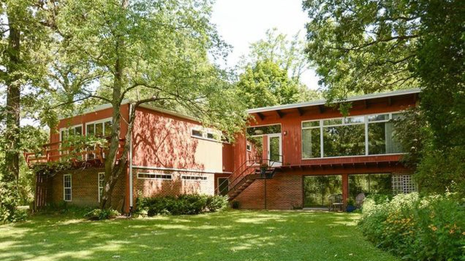 Walnut Paneled Palos Mid Century On Two Acres Wants 449k Curbed Chicago