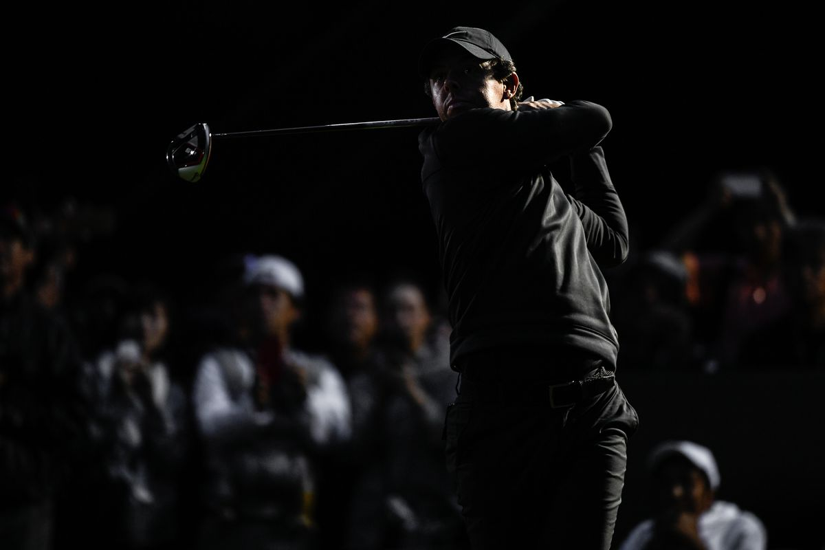 Rory McIlroy of Northern Ireland tees off on the 18th hole during the MGM Resorts The Challenge: Japan Skins at Accordia Golf Narashino Country Club on October 21, 2019 in Chiba, Japan.