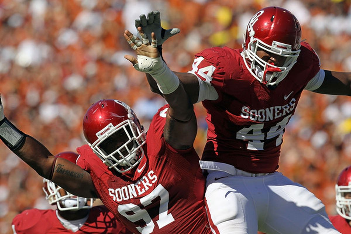 Is Jamarkus McFarland a Big 12 first team player in 2012?.  (Photo by Ronald Martinez/Getty Images)