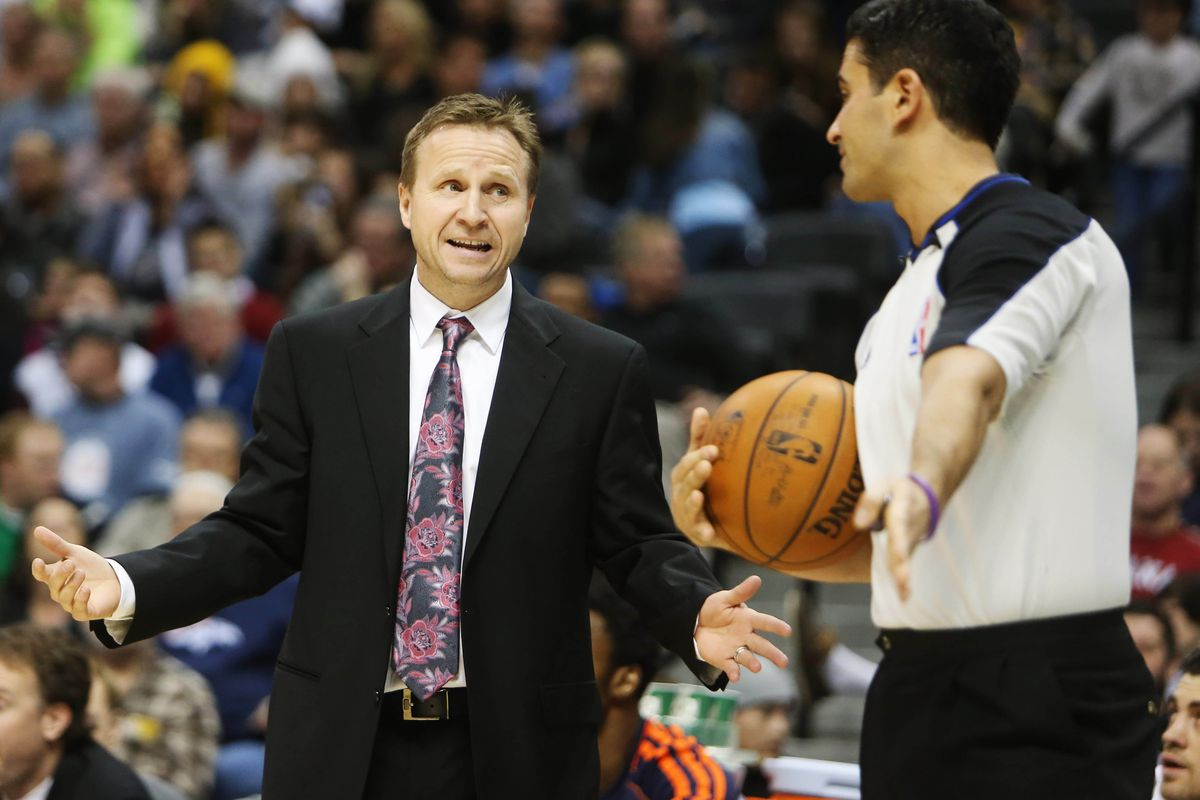 The one positive from tonight's game? Scott Brooks' amazing tie.