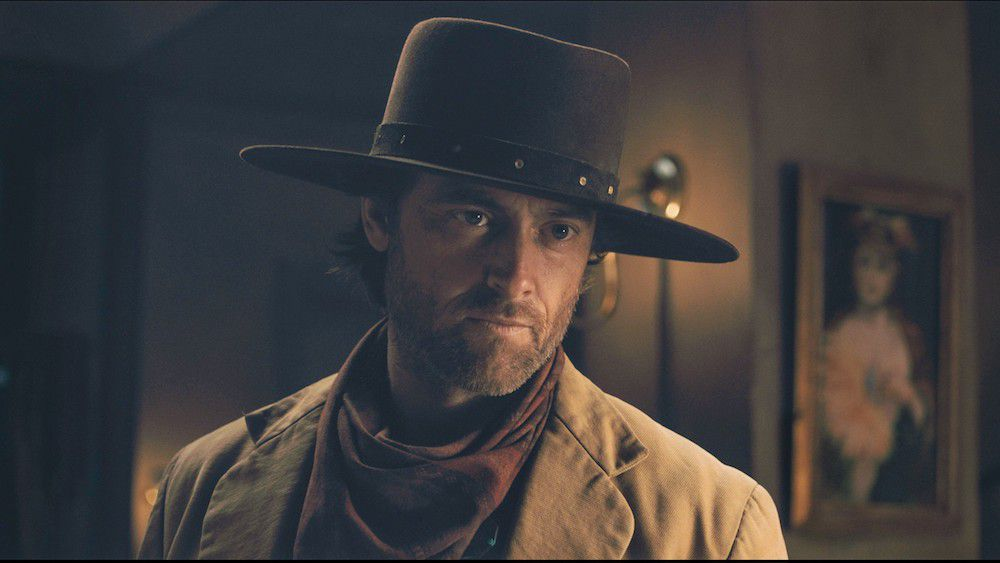 Stuart Townsend as Jericho Ford in Apache Junction