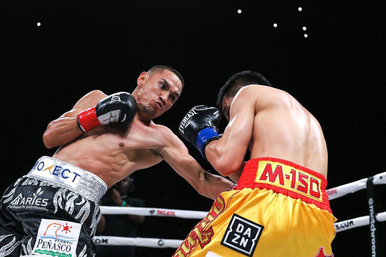 D5Ie8eoU4AAFV6v.0 - Estrada defeats Sor Rungvisai in rematch to win WBC title