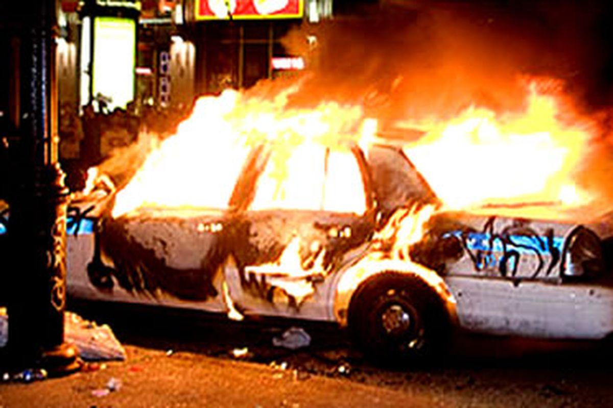 "Montreal Cop Car via <a href=""http://www.2solitudes.com/content_images/1/Habs/habs-celebration-riot-09.jpg"">www.2solitudes.com</a>"