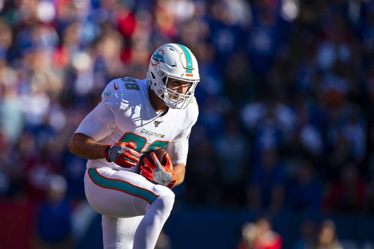 Miami Dolphins v Buffalo Bills