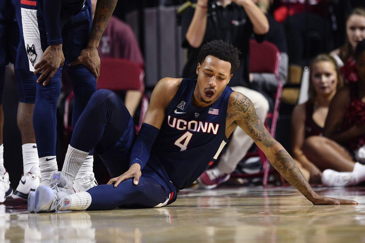 NCAA Basketball: Connecticut at Temple