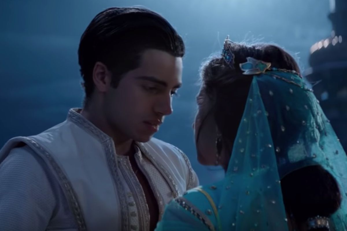 """The new teasers for Disney's """"Aladdin"""" remake give us an extended look at Aladdin's magic carpet ride with Jasmine."""