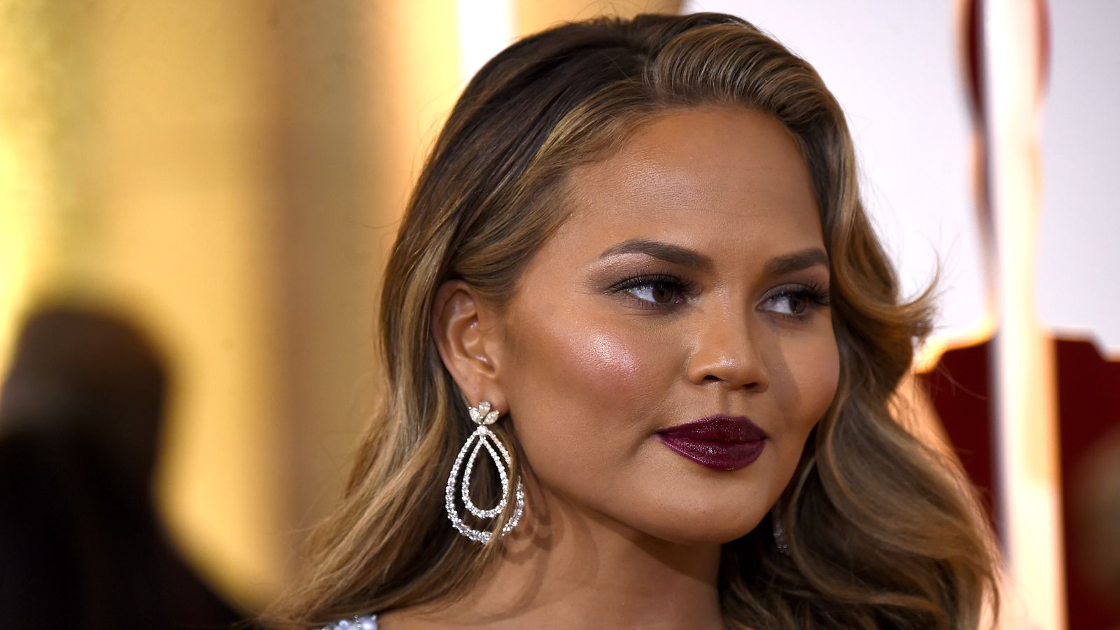 203m Followers 1032 Following 3405 Posts See Instagram photos and videos from chrissy teigen chrissyteigen