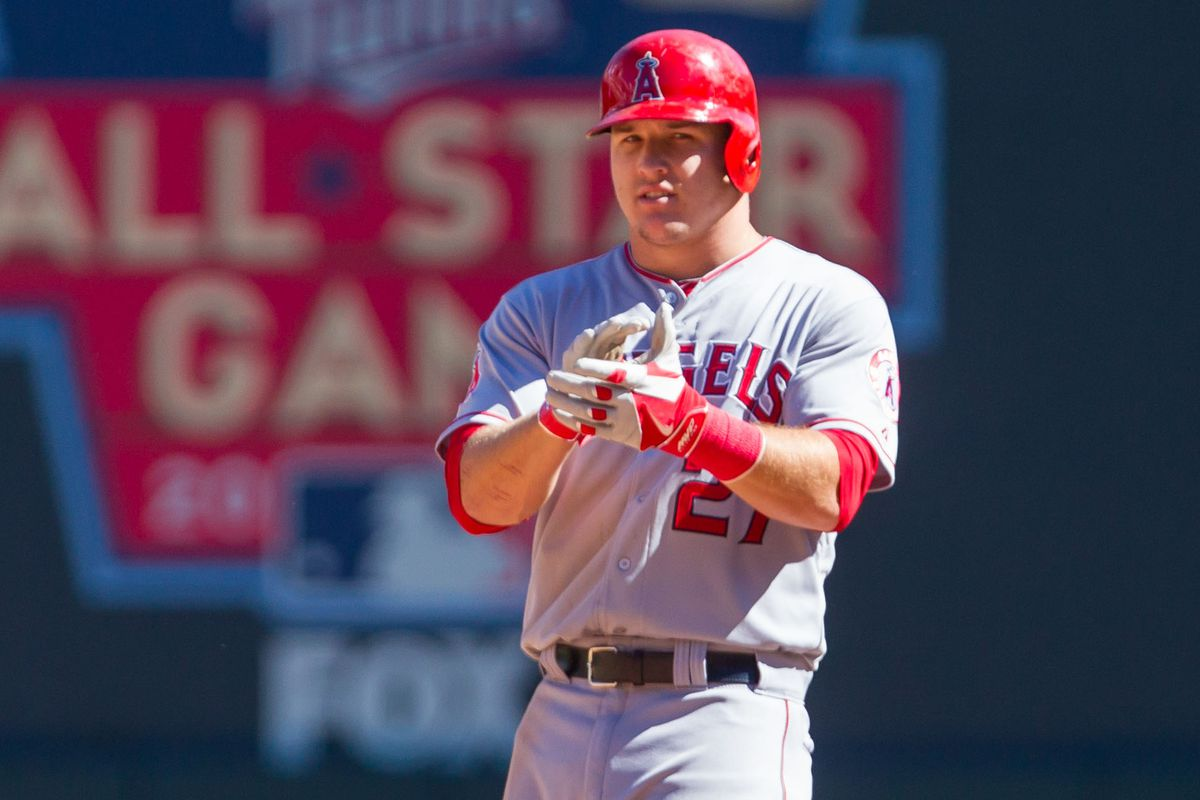 Mike Trout applauds your dedication to Halos Heaven link festivities.