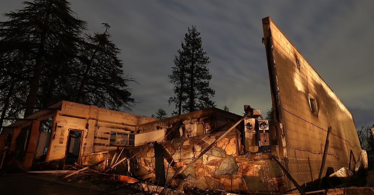 Investigators confirm that PG&E power lines started the deadly Camp Fire thumbnail