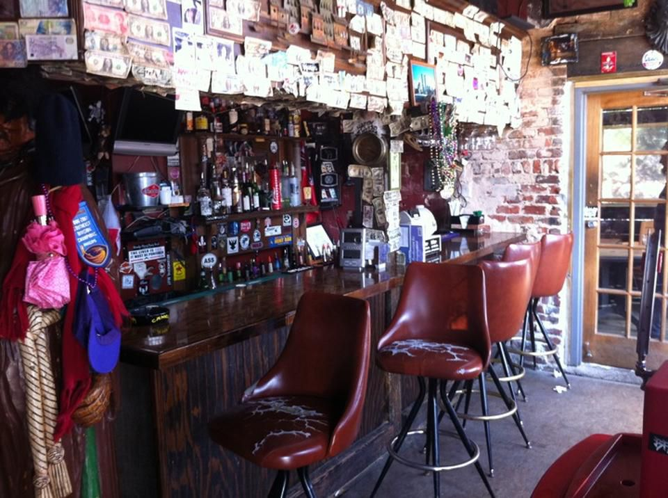 Elliott Street Deli & Pub