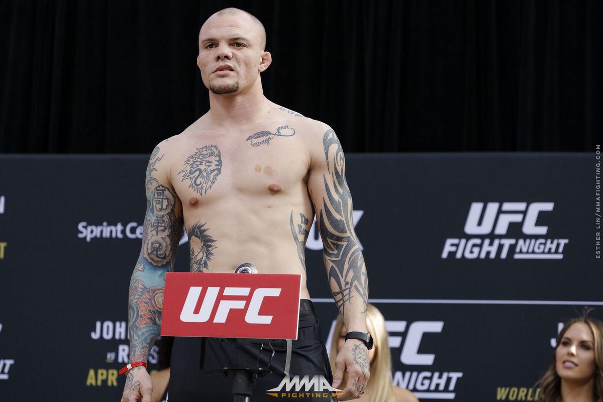 UFC on FOX 24 Weigh-ins