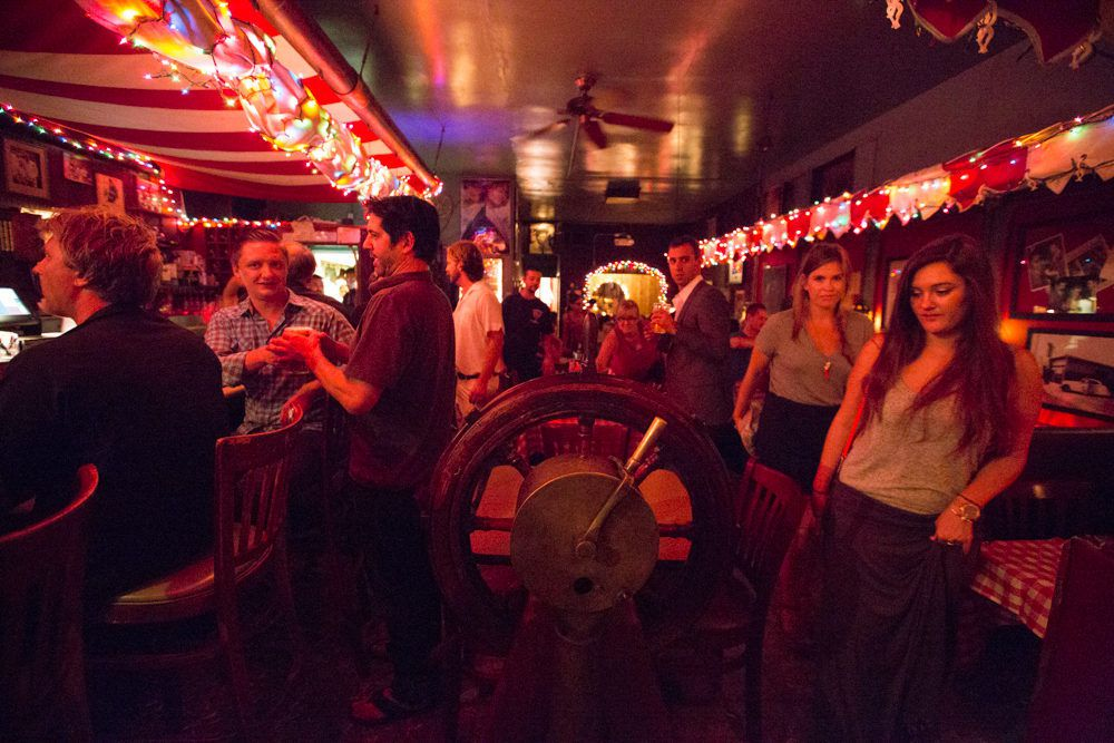 18 Essential Dive Bars In Los Angeles Eater La