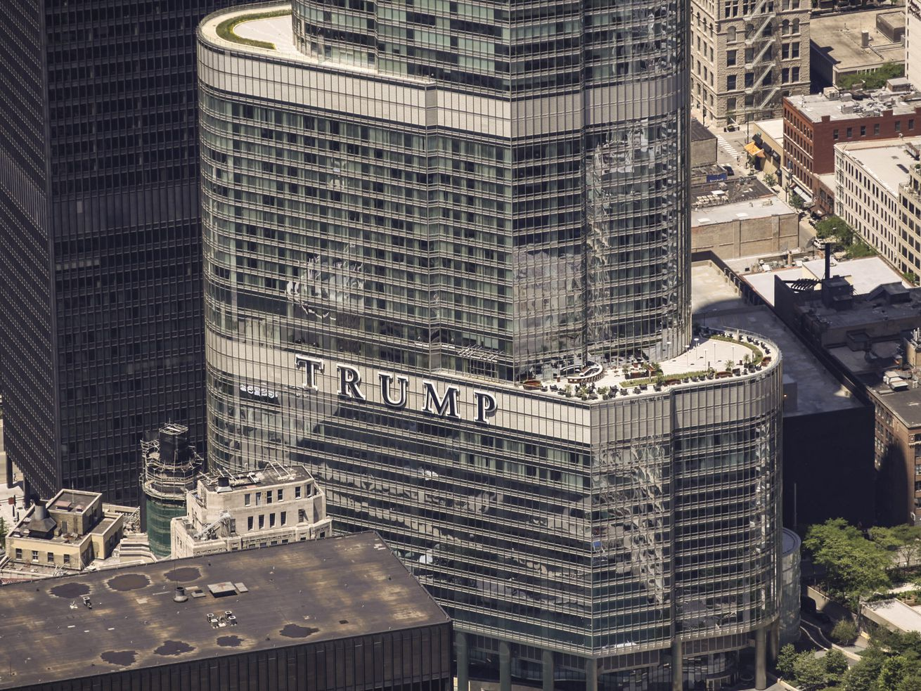 Aerial view of Trump tower in Chicago. | Lee Hogan/For Sun-Times Media