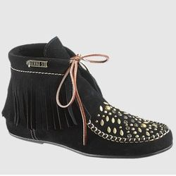 """<a href= """"http://www.hushpuppies.com/US/en-US/Product.mvc.aspx/28774W/0/Womens/AS-Glam-Wallaby?dimensions=0"""">Glam Wallaby</a>, $165"""