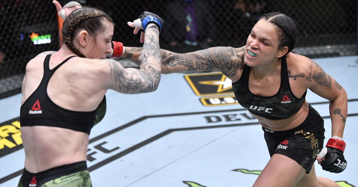 Amanda Nunes felt 'more powerful' at featherweight, 'too fast' for Megan Anderson at UFC 259
