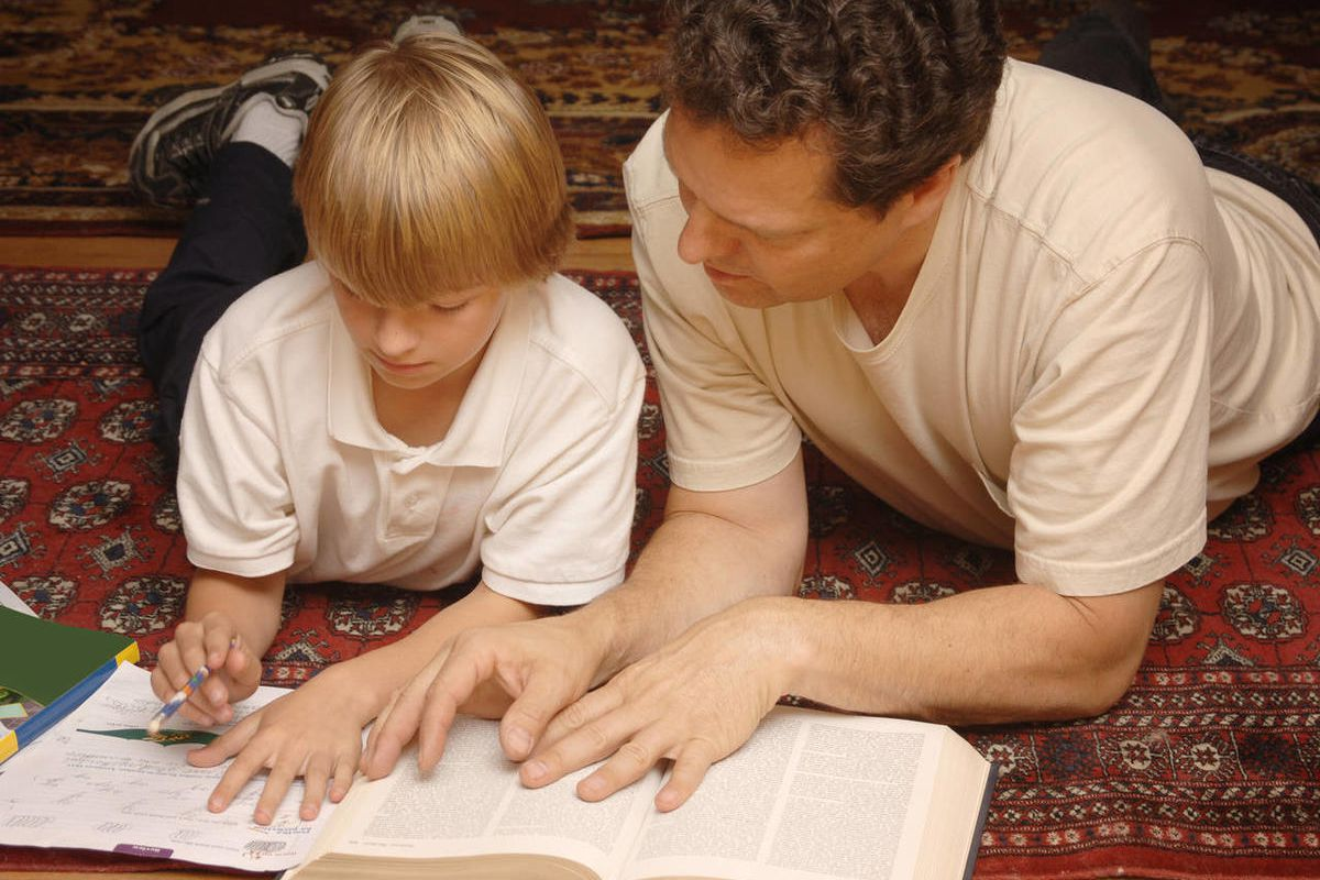 Jason Wright offers 10 tips for parents as their children head back to school.