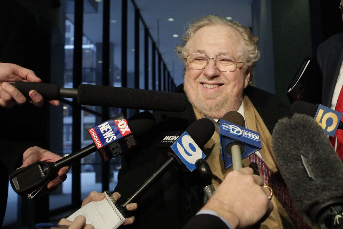 Ed Genson, lead attorney for impeached Illinois Gov. Rod Blagojevich, talks with reporters as he leaves the federal building in Chicago in January  2009.