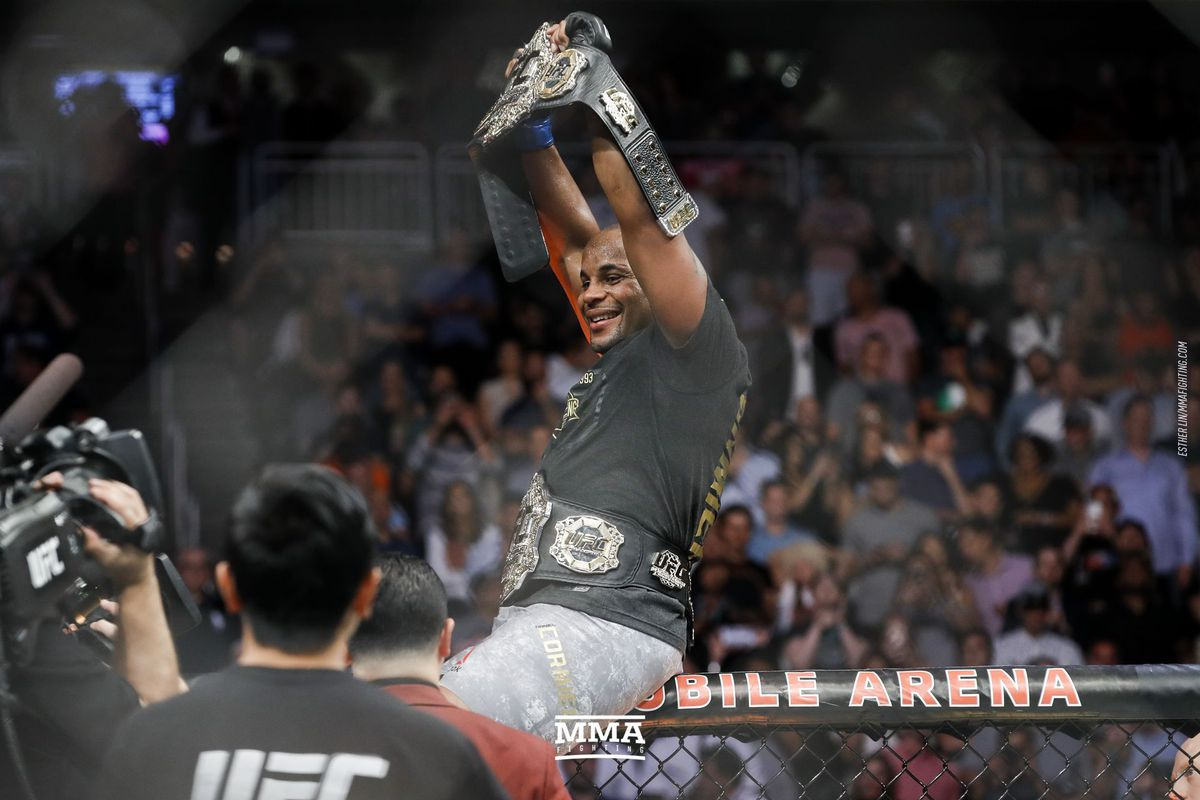How would Cormier vs Prime Fedor go down? | Sherdog Forums ...