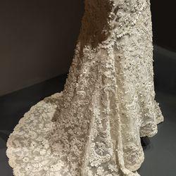 Jenna Bush's wedding dress from her 2008 wedding to Henry Hager.