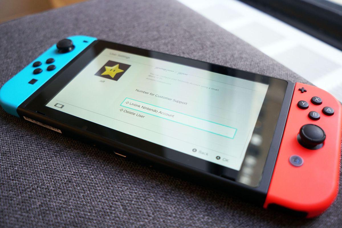 Nintendo Switch handheld mode on account unlink screen