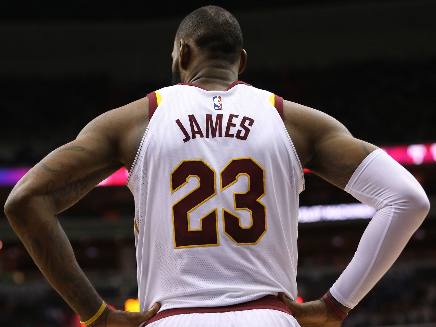 2c3cd0c5fb01 LeBron James is the master of the subtweet. Do they actually work  -  SBNation.com