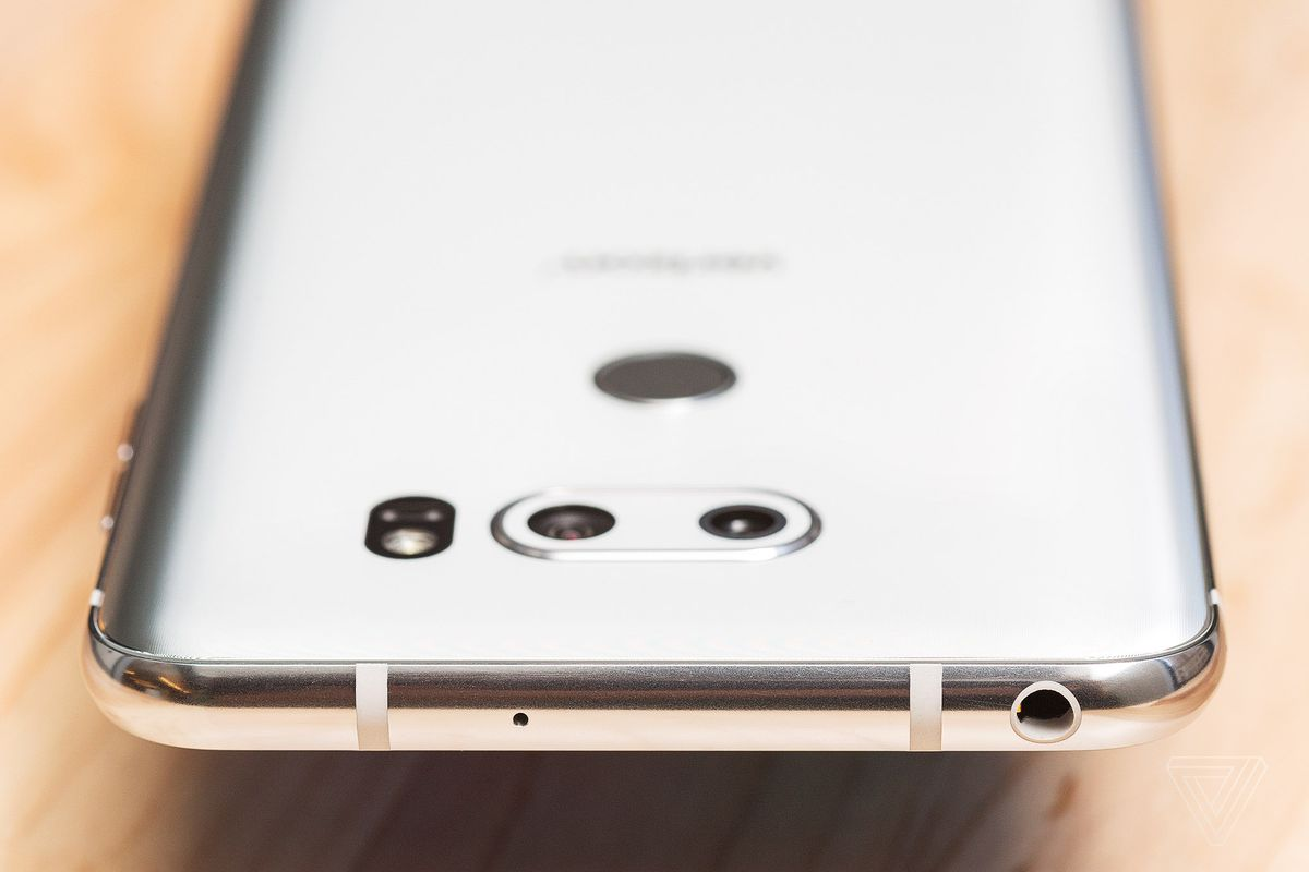 LG's spirited defense of the headphone jack is futile - The