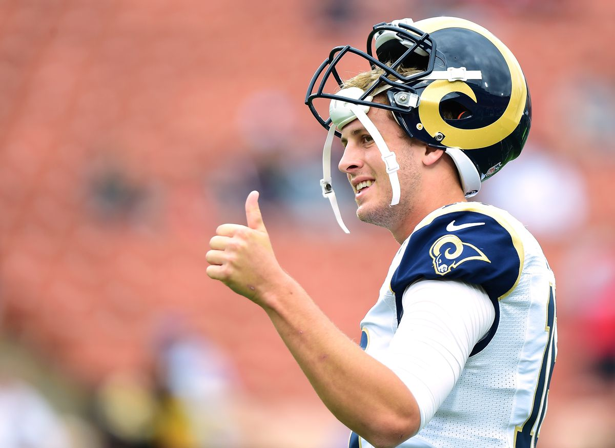 Los Angeles Rams QB Jared Goff warms up before a game against the Atlanta Falcons, Dec. 11, 2016.