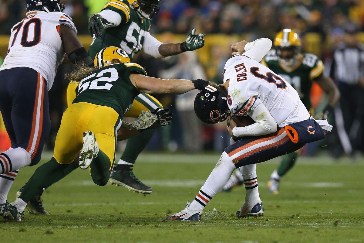 Chicago Bears v Green Bay Packers