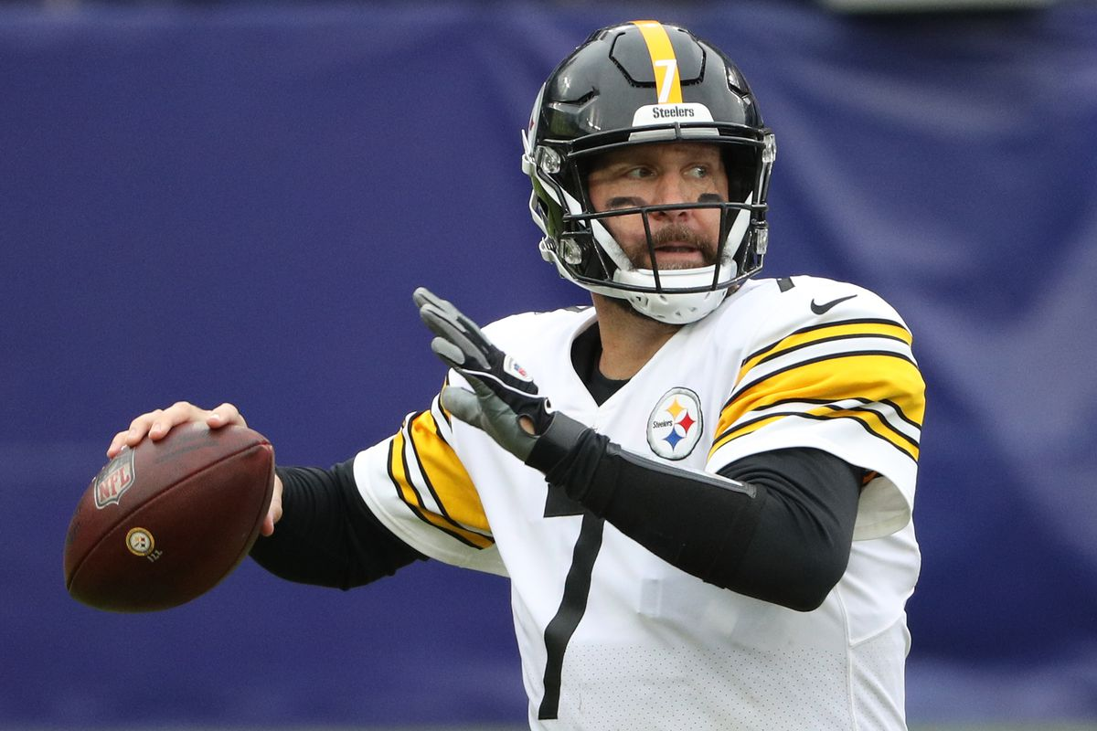Quarterback Ben Roethlisberger of the Pittsburgh Steelers looks to pass the ball against the Baltimore Ravens at M&T Bank Stadium on November 01, 2020 in Baltimore, Maryland.