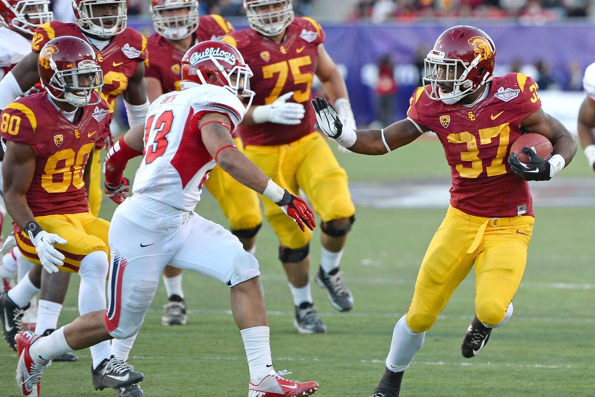USC hoping to have its way with a Fresno State team looking to find an identity