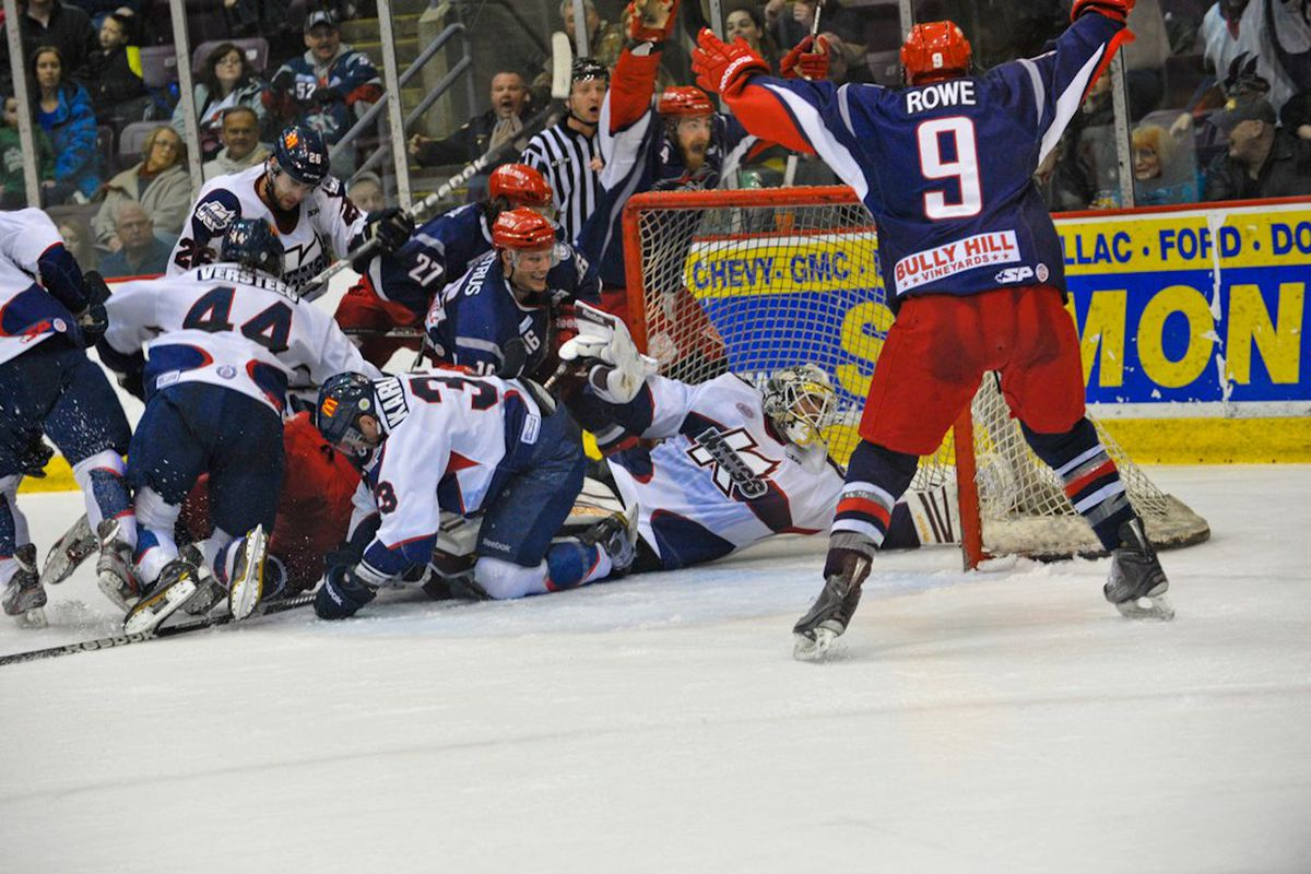 This is what ECHL hockey is like