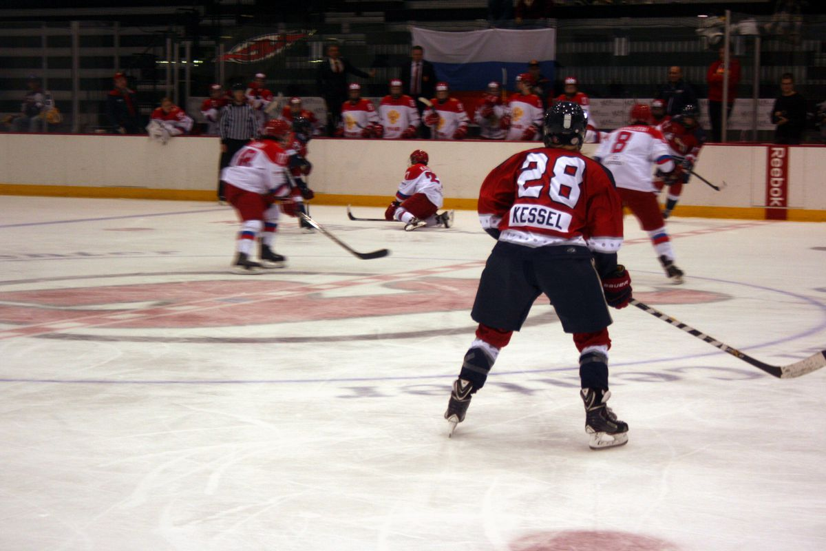 Video Breakdown: The New York Riveters have a forecheck and Amanda ...