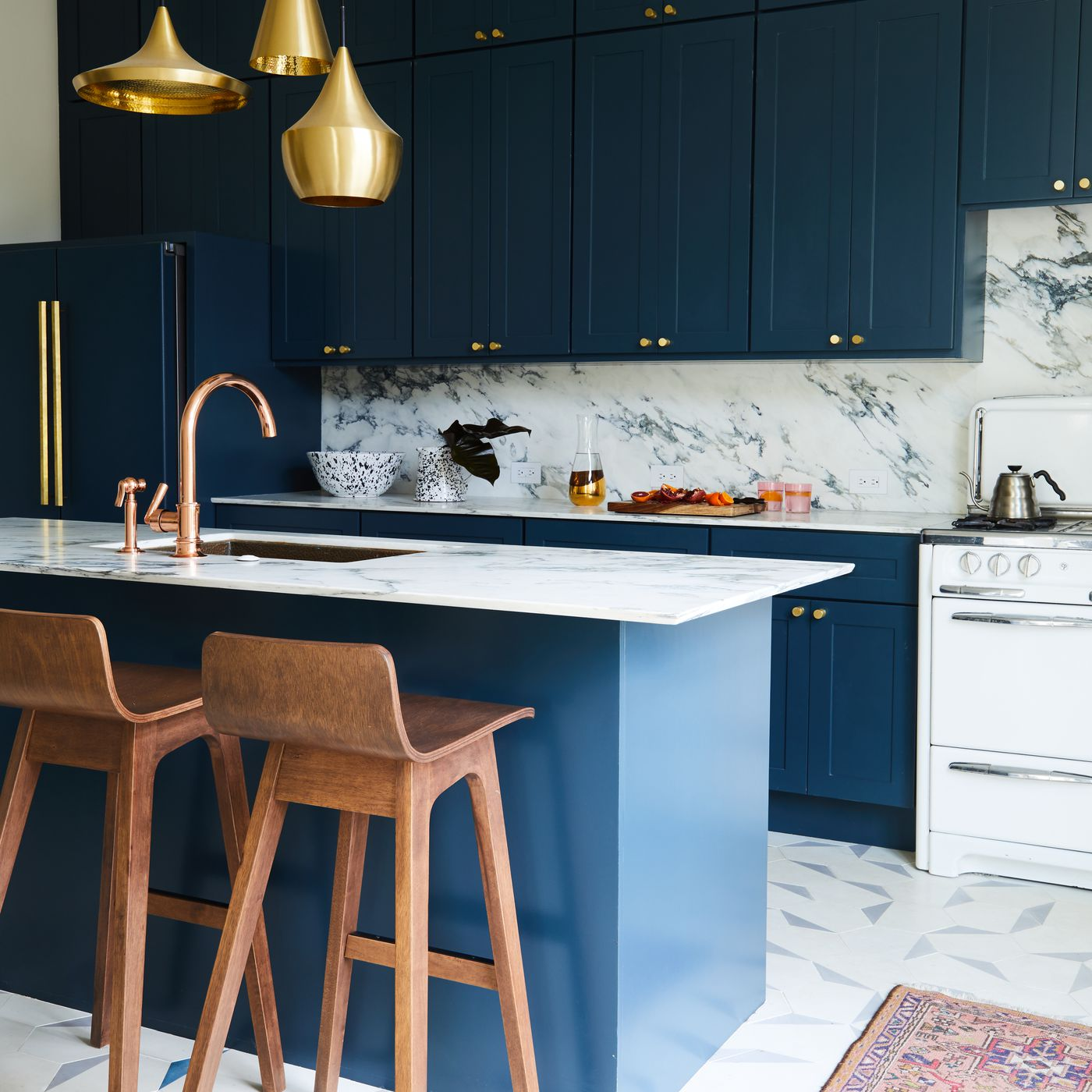 Navy And Brass Is 2018 Interior Design Trend For Kitchens