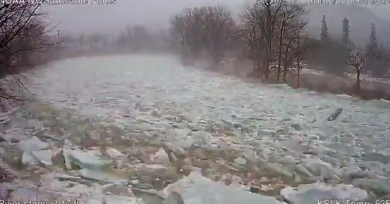 Watch this unsuspecting river quickly turn into a chaotic mess of ice chunks