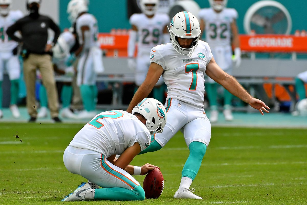 Miami Dolphins kicker Jason Sanders attempts a field goal during the second half against the Seattle Seahawks at Hard Rock Stadium.