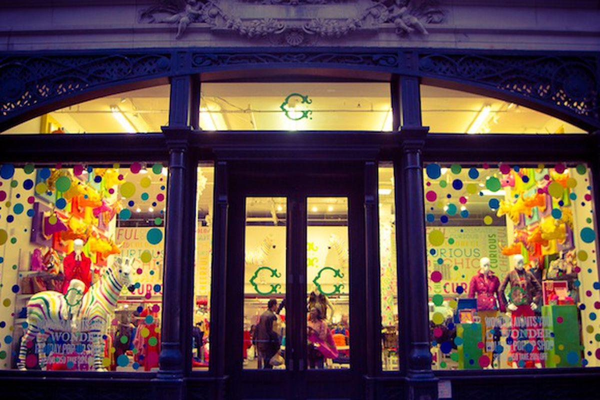 """The Flatiron holiday pop-up shop. Photo by <a href=""""http://peladopelado.com/"""">Driely S</a>"""