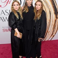 Ashley, Elizabeth, and Mary-Kate Olsen in The Row