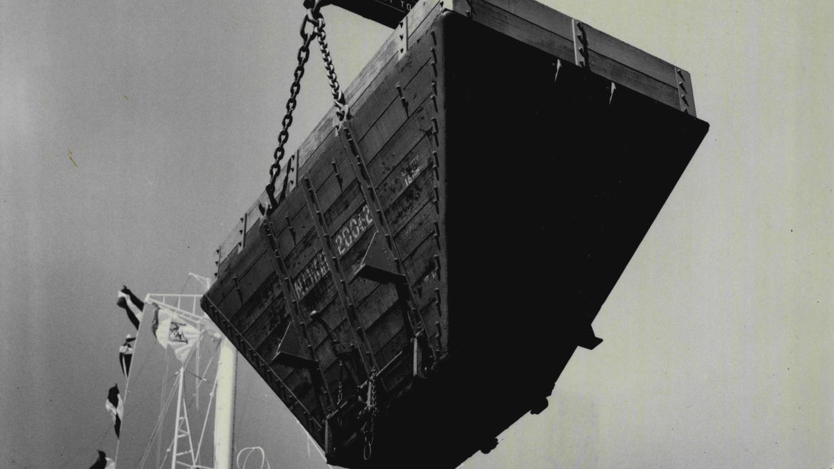 Giant Jap Collier For Australian Trade Arrives On Maiden Voyage — The first rail bin of coal is taken aboard the ship.The first Japanese Super Collier to be constructed for the Australian trade, reached Sydney today on it's maiden voyage.The £1½ Mil
