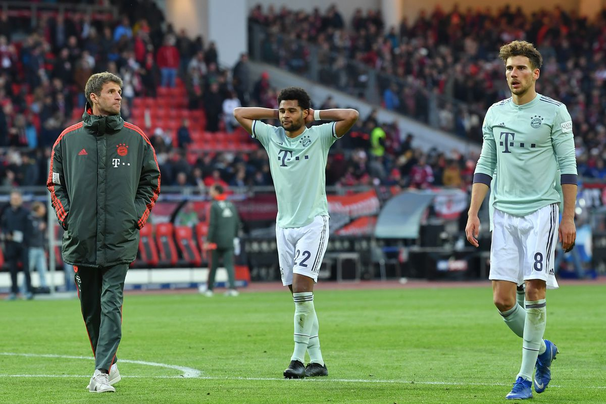 NUREMBERG, GERMANY - APRIL 28: Thomas Müller, Serge Gnabry and Leon Goretzka of Muenchen look dejected after the Bundesliga match between 1. FC Nuernberg and FC Bayern Muenchen at Max-Morlock-Stadion on April 28, 2019 in Nuremberg, Germany.