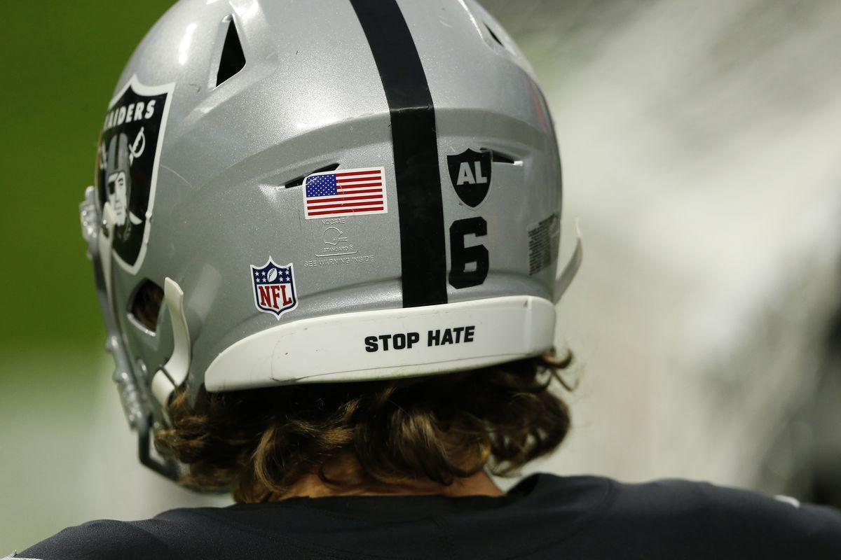 NFL: DEC 13 Colts at Raiders