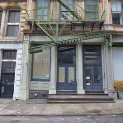 """The former Theater Bar at 114 Franklin in Tribeca, <em>allegedly</em> purchased recently by the owners of Thalassa. [<a href=""""http://tribecacitizen.com/2012/11/26/a-neighboring-restaurant-is-branching-out/"""">Tribeca Citizen</a>]"""