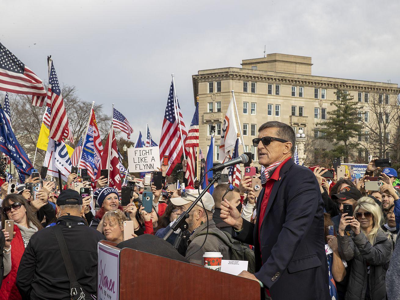 Les partisans du président Trump se réunissent à DC pour protester contre les résultats des élections