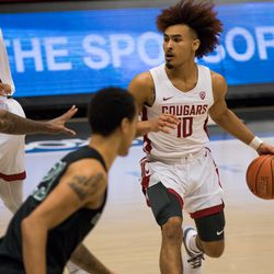 PULLMAN, WA - DECEMBER 13: Washington State guard Isaac Bonton (10) looks for an open player during the first half of a non-conference matchup between the Portland State Vikings and the Washington State Cougars on December 13, 2020, at Beasley Coliseum in Pullman, WA.