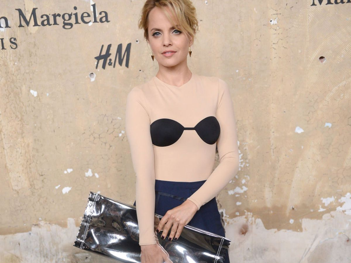Mena Suvari rocks MMM for H&M at the line's big launch event in NYC. Image via Getty.