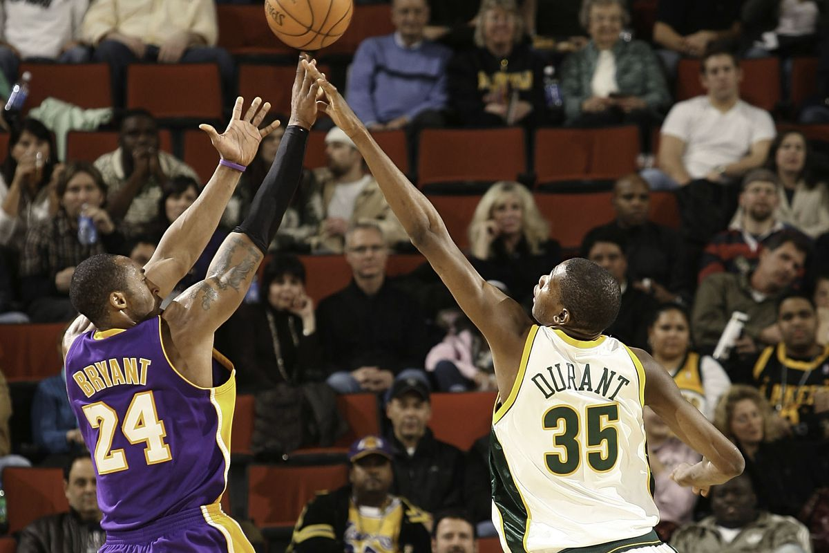 Kobe和杜蘭特單挑誰能贏?黑曼巴直言:能贏我的人,03年就已經退役了!-Haters-黑特籃球NBA新聞影音圖片分享社區