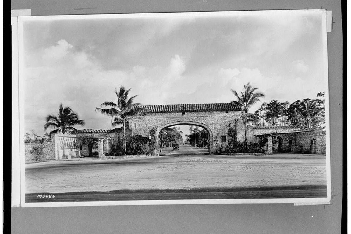 Granada Entrance [Library of Congress photos of photos from Coral Gables Public Library]