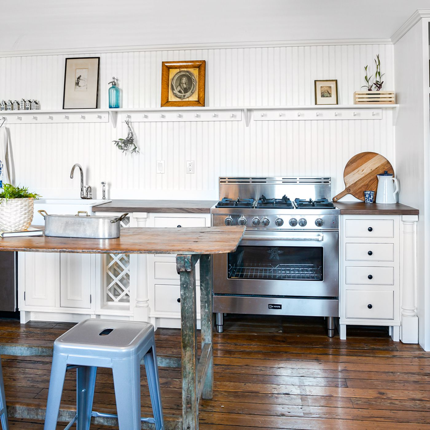 Rustic Condo In Red Hook With Private
